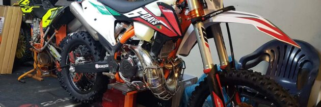 KTM EXC 300 SIX DAYS 2020 2T