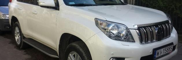Toyota Land Cruiser biała